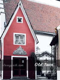 Little Red House - Vana Tallinn